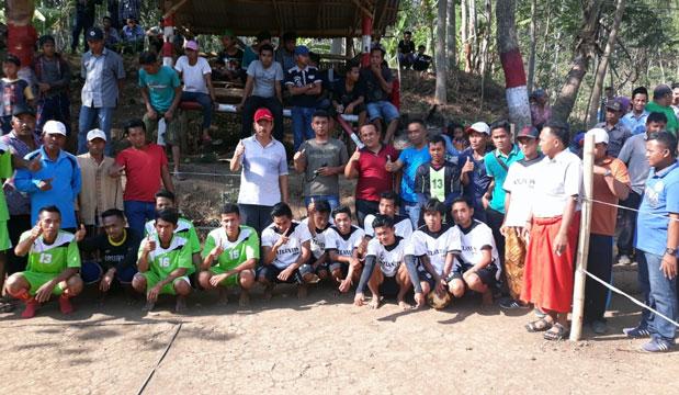 H. Buari Buka Turnamen Sepakbola di Ranuyoso