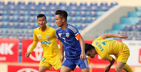 Tiền vệ Phan Thanh Hưng của Quảng Nam FC đã ghi bàn thắng.