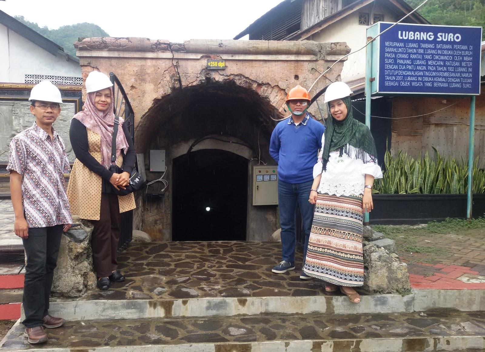 Yervi Hesna 2018 Produk Ukm Bumn Bahan Songket Sulam Katun Merah Jejak Imigran Belanda Dan Jawa