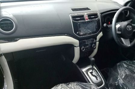 Interior Toyota New Rush Model Baru 2018