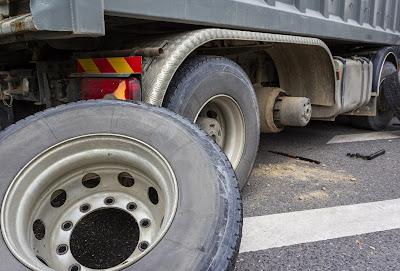 semi-truck accident injury claim lawsuit attorney florida clearwater brake malfunction maintenance