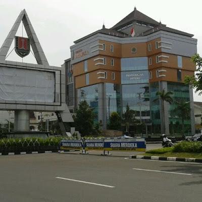 4 Lokasi Belanja Souvenir Terkenal di Semarang