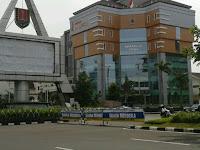 Kunjungi 4 Lokasi Belanja Souvenir Terkenal dengan Bus Bandung Semarang