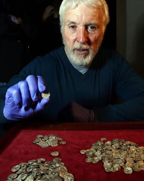 Are You Fond Of Watching Treasure Discoveries?  Watch The Most Incredible Coin Discoveries Around The World!