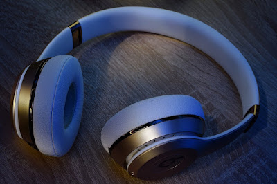 Sony WH-1000xM2 Competitor
