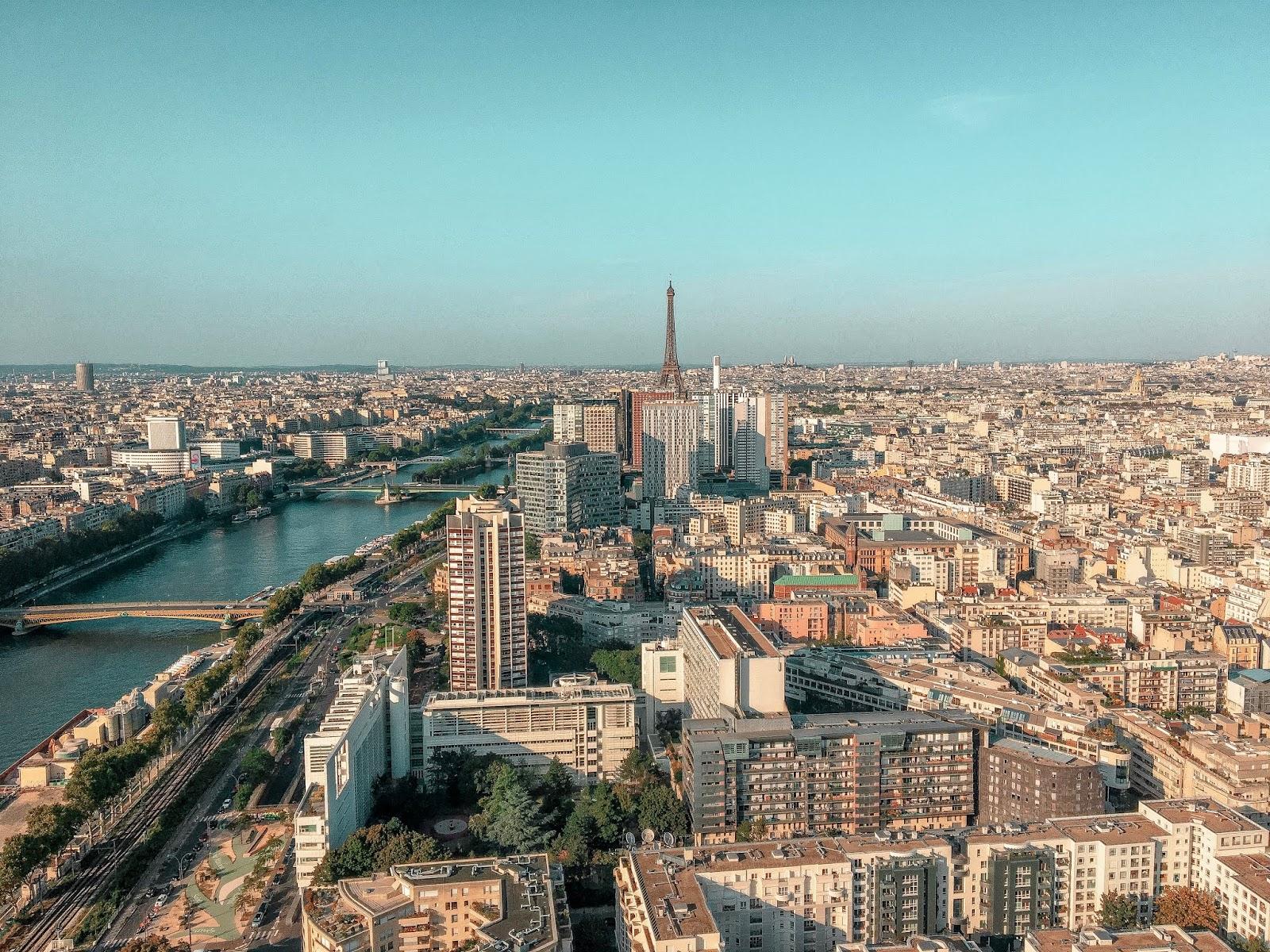 My Travel Background : au revoir Paris - Tour Eiffel, ballon generalis
