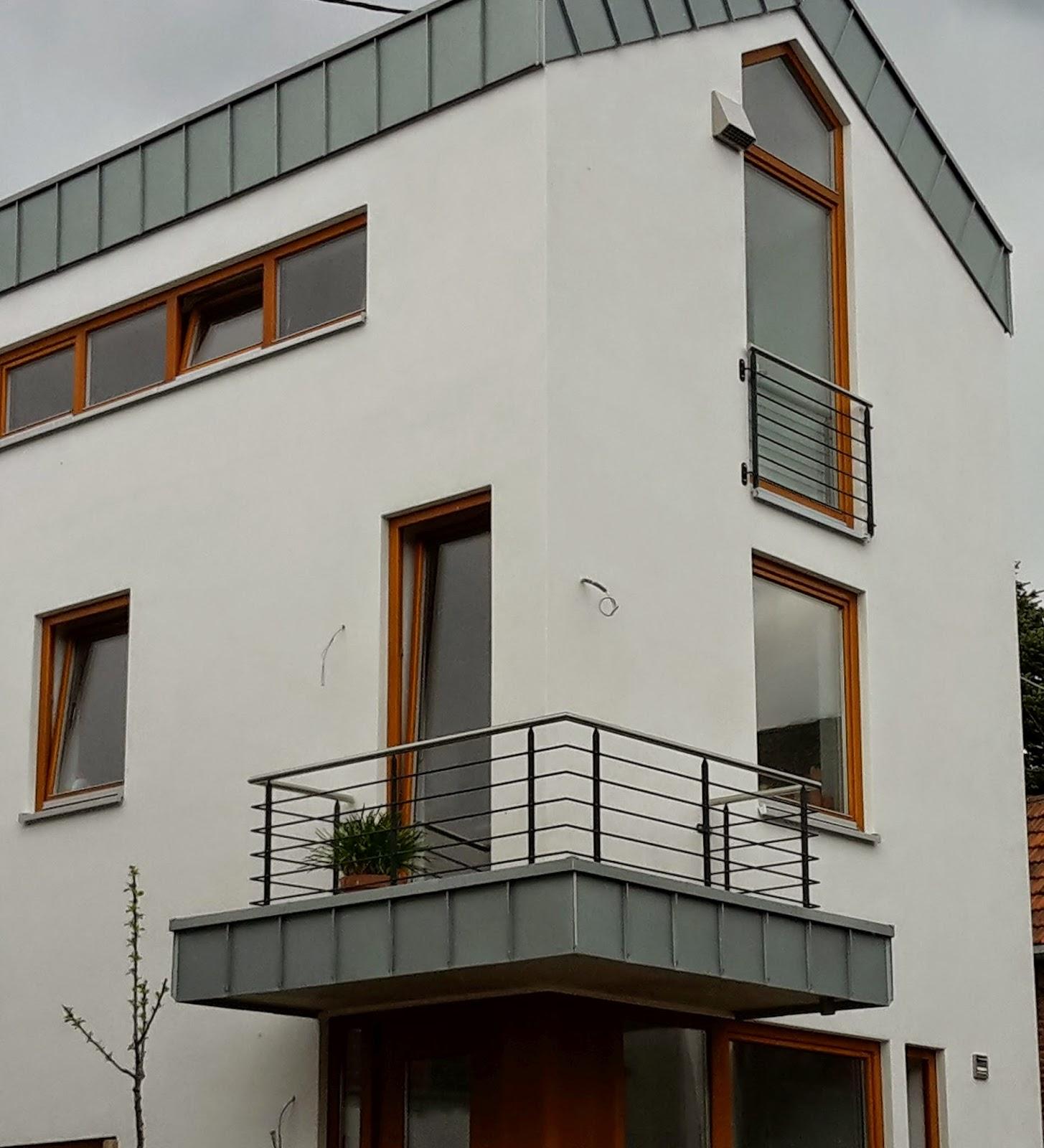 gel nder terrasse fenster lichtschacht. Black Bedroom Furniture Sets. Home Design Ideas