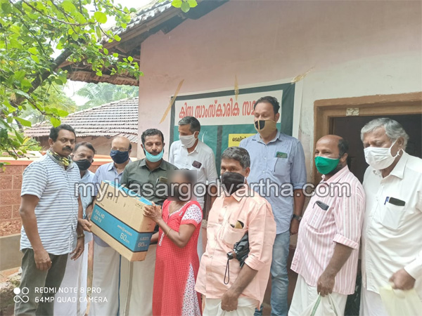 Kerala, News, television, two televison distributed by kissa