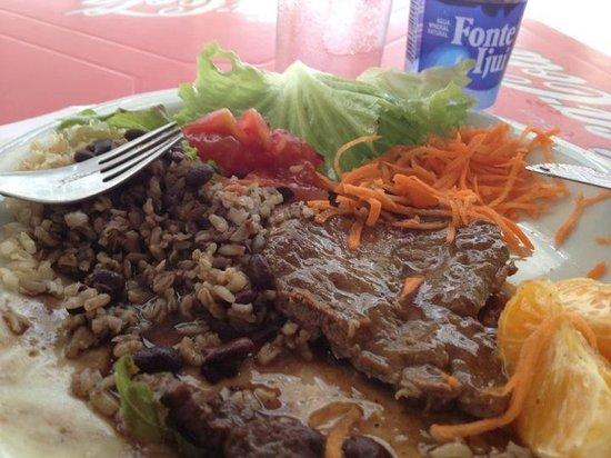 Saiba onde saborear a melhor comida caseira durante a semana em Alagoinhas