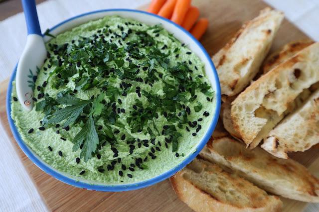 Aprovecha la fibra del jugo verde con este aperitivo