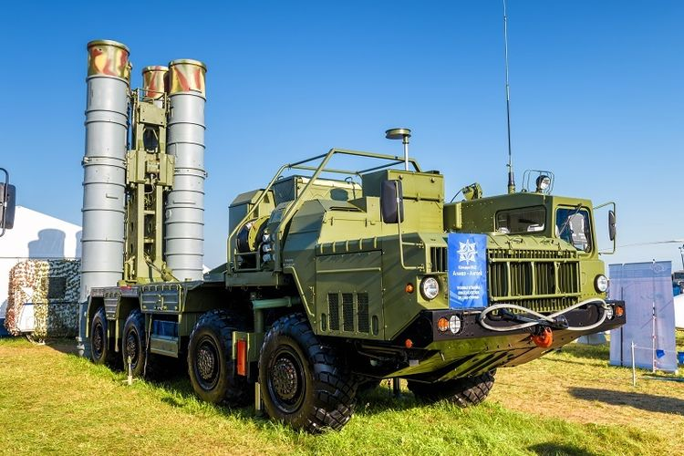 Iran Aktifkan Sistem Rudal S-400 Dari Rusia