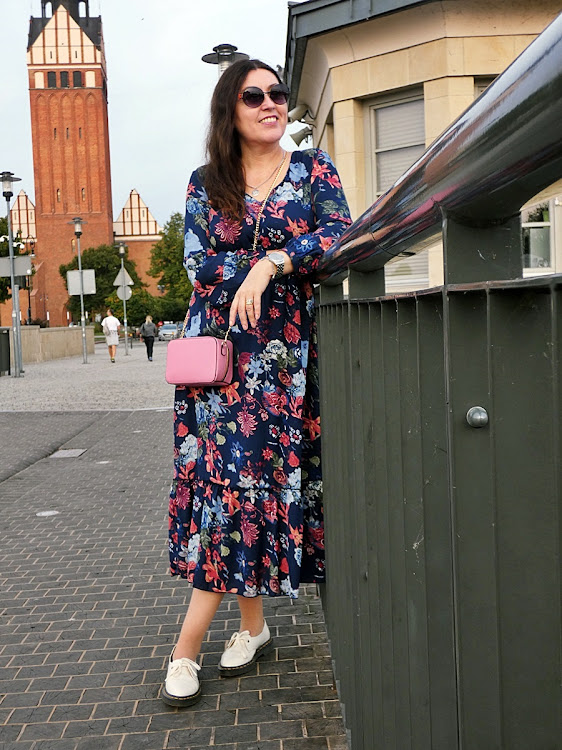 Sukienka/ the dress with bon prix