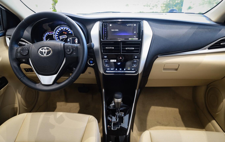 So sánh Toyota Vios và Nissan Almera 2021 về giá bán, trang bị tiện ích. 15