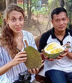 Lindsay Gasik Bule Pecinta Dan Penulis Durian Tertarik Durian Jepara