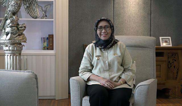 Wakil Bupati Lumajang Indah Amperawati