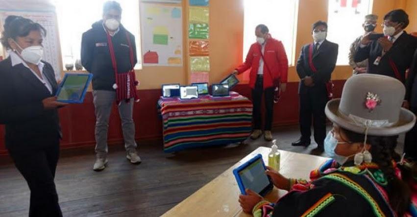 MINEDU: Escolares y docentes de Puno recibirán 100 mil tablets