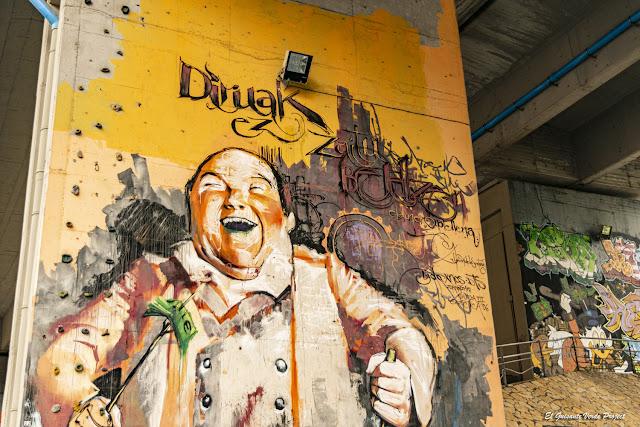 Mural 'Diruak ez...', Zorroza A8 - Bilbao, por El Guisante Verde Project