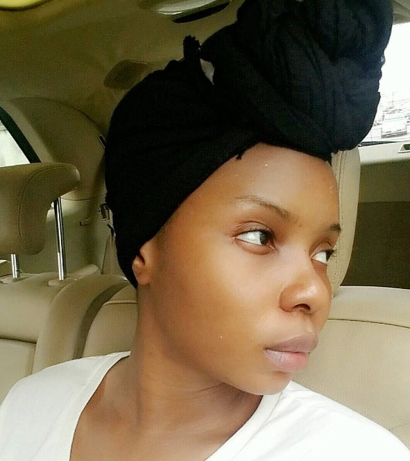 Yemi Alade goes make-up free