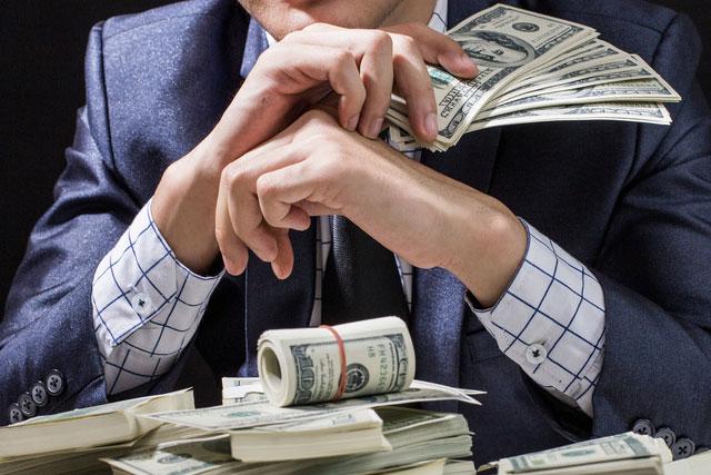 قائمة أشهر و أغنى أشخاص في العالم حققوا ثرواتهم عبر أنترنت فقط