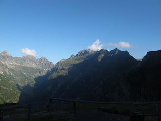 Der Gratabschnitt zwischen Passo di Piatto und Bassa del Barone