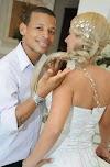 """"""" Você merece um banho de ácido na cara, macaco sabe o galho que sobe"""" diz suposta seguidora a um dos melhores cabeleireiros Bruno Brasil"""