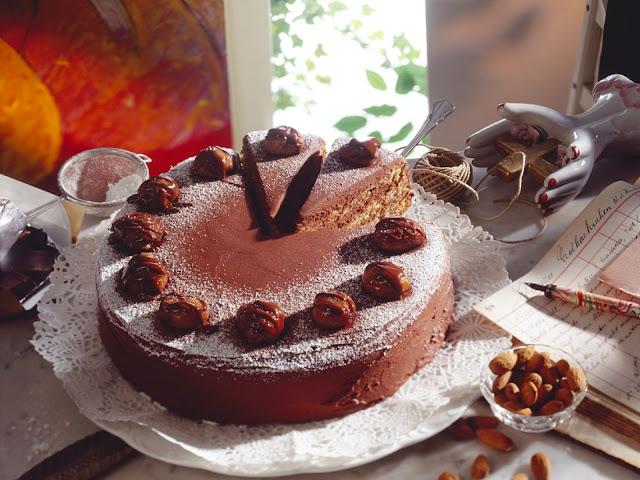 chestnut_cake-chestnut-autumn_beauty-cake-birthday_cake-celebration-cake_recipes