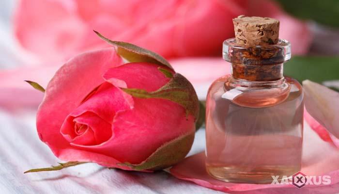 Cara mengobati sakit mata dengan air mawar