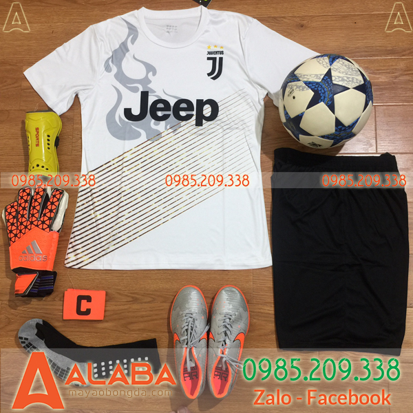 Áo Juventus training trắng