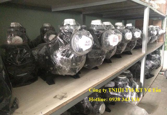 máy bơm hóa chất đầu nhựa Showfou được công ty Vũ Tấn  Nhập khẩu trực tiếp về Việt Nam