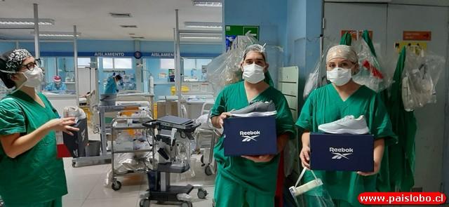 😷🇨🇱Reebok Chile donó 400 pares de zapatillas a equipo clínico