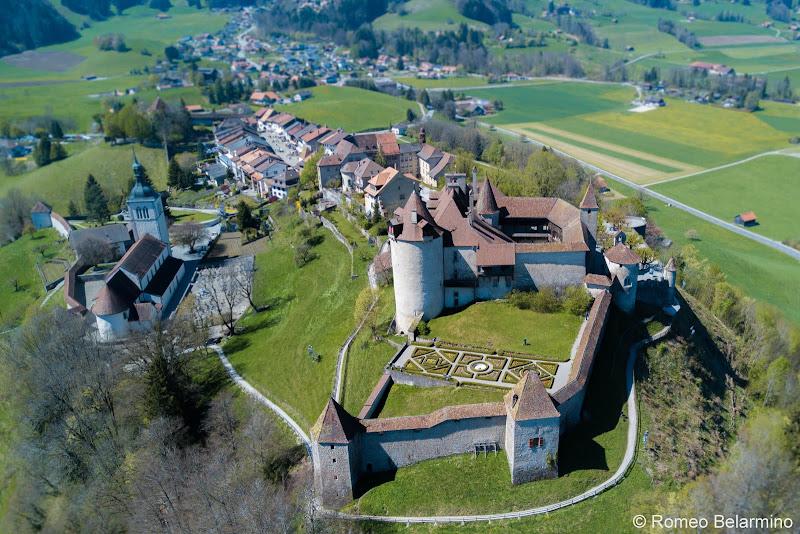 Chateau de Gruyeres Lake Geneva Day Trips