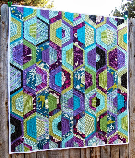 Shabby Hexie Twist Quilt designed by Melissa Corry of Happy Quilting Melissa