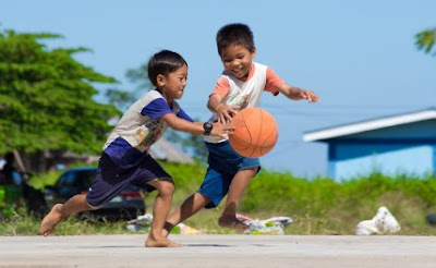 """Advantages Of Sports: How Can Playing Sports Contribute To A Child's Development?   Kids invest the vast majority of their day energy at school, though they are denied of time for games and fun. The principle purpose behind this is either the schools don't have enough offices to compose sports or the administration does not understand the significance of games and other physical exercises. In schools, the break time is scarcely of 20 to 30 minutes. Kids can either play diversions with companions or have their lunch amid this brief timeframe. They do have diversions session, however that is only once in seven days. Indeed, even on that day the youngsters can't play sports as there is nothing for them to play. Everything they do is to invest that energy in either taking in a test or getting their work done. Educators and guardians both underscore on doing homework and learning exercises after school. There are just a couple of guardians and instructors who comprehend that a tyke ought to have an equalization schedule, and get time for studies, amusements, and appropriate rest. Training isn't simply perusing, retaining, and composing homework, it is, truth be told, the advancement of one's identity. Significance of games and amusements ought not be disregarded, with regards to instructing kids and young people. Sports contribute on a youngster's physical, passionate and mental improvement.   For what reason Is Sports Essential?   Sports is fundamental for a sound living, as Hippocrates stated, """"Game is a preserver of wellbeing."""" Let's see what distinctive advantages we can get from playing and physical movement.   Sports decreases muscle to fat ratio, controls body weight, anticipates Cardiovascular sicknesses and heftiness.   Playing outside recreations upgrade continuance, adaptability, enhances balance just as reinforces bones and muscles.   Sports help in growing better hand-eye co-appointment and quick foot development.   It diminishes dangers of getting harmed an"""