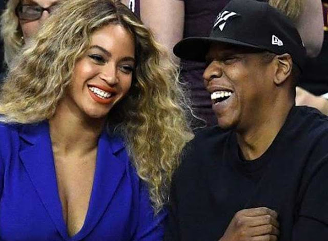 What happened after this man made eye contact with Beyoncé