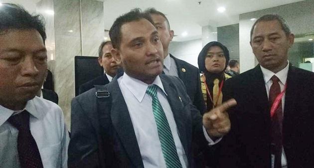 Jika Ahok Tak Dihukum, FPI Ancam Akan Revolusi