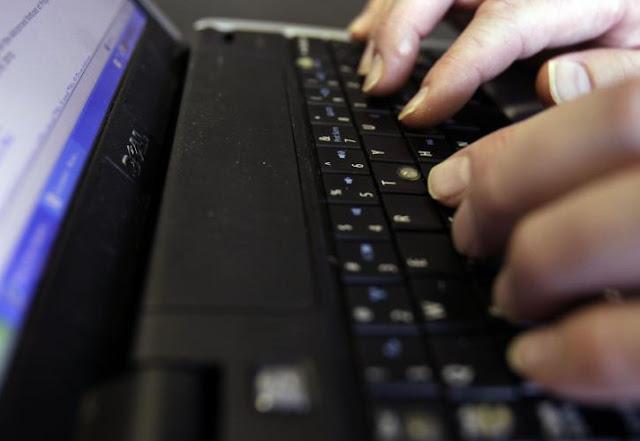 Ψηφιακή η εκδοσή τίτλων σπουδών για απόφοιτους γυμνασίων και λυκείων