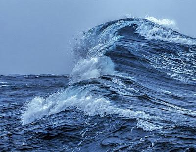 BMKG: Perairan Kepri, 2-3 Hari Kedepan Berpotensi Gelombang Tinggi