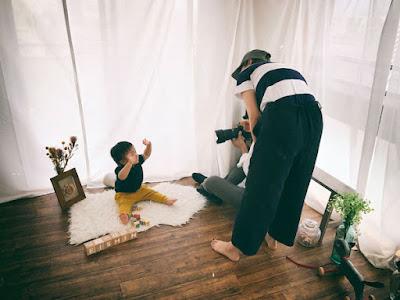 日本の写真屋でマイサンの写真を撮る