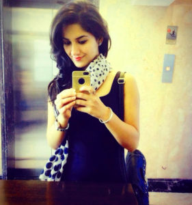 stylish whatsapp dp images for girl, attitude whatsapp dp images for girl, attitude girl whatsapp dp,