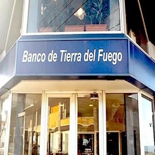 Bancarios con aumento del 50 por ciento