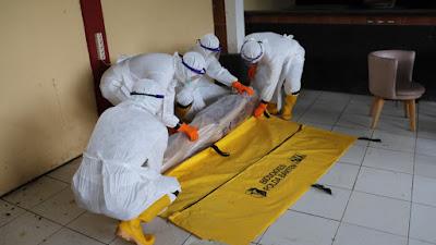Biddokkes Polda Banten Gelar Pelatihan tim olah TKP, pemulasaraan, dan pemakaman jenazah covid-19
