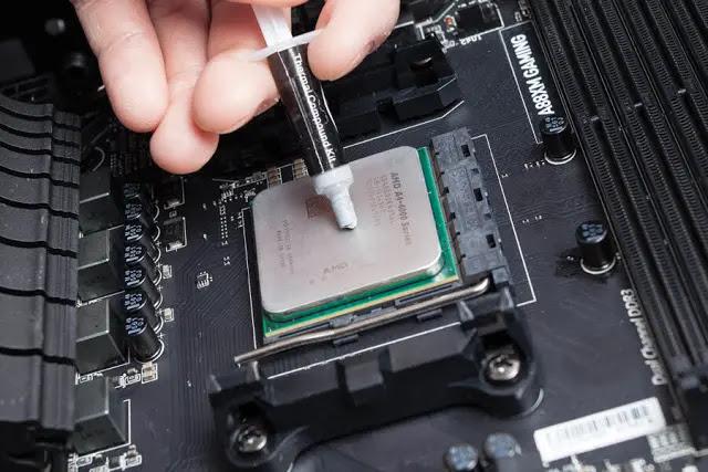 شرح طريقة وضع المعجون الحراري على معالج اي ام دي AMD