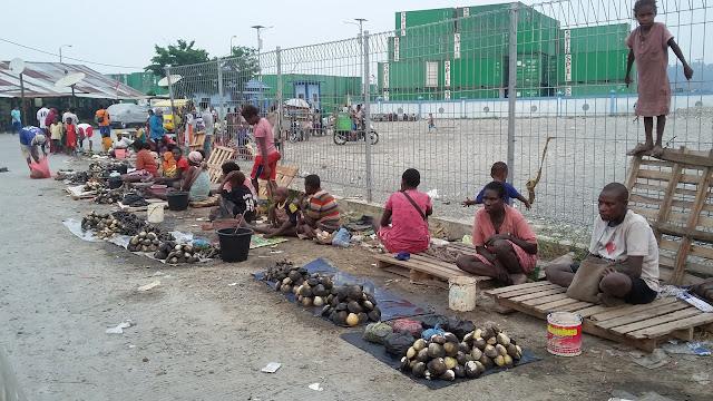 Nelayan Mimika Minta Pemkab Awasi Harga Ikan, Udang dan Kepiting Bakau