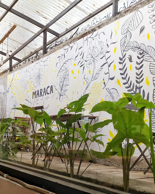 Mural Maraca Books and Coffee Bogor