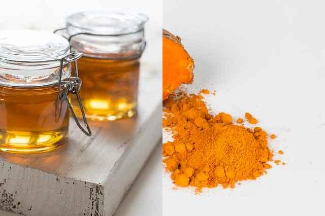 الكركم والعسل لآلام المفاصل