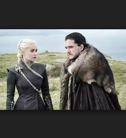 Jon Snow and Daenerys Targaryen Just Made a Love Connection That Can't Be Denied