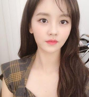 Biodata Kim So hyun Lengkap, Foto, Pacar, Agama dan Fakta menarik