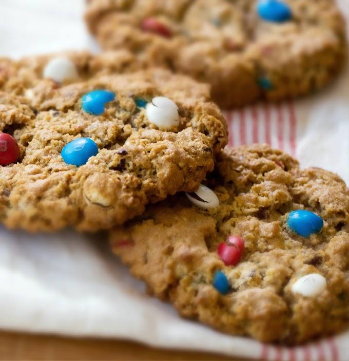 Soft Oatmeal M&M Cookies