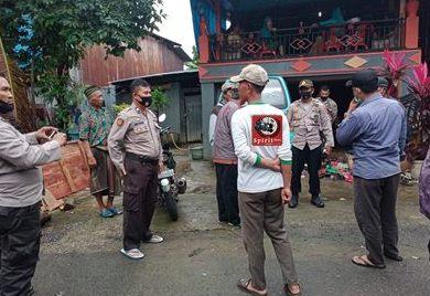 Kapolsek Marbo Pimpin Personil Melayat Di Rumah Duka