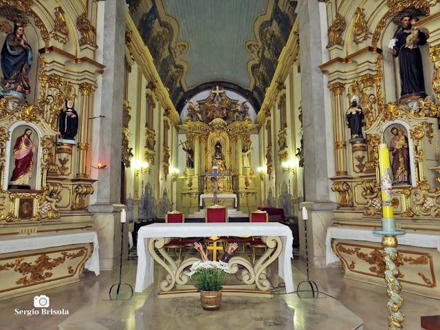Vista ampla do Altar do Convento e Santuário São Francisco - Sé - São Paulo